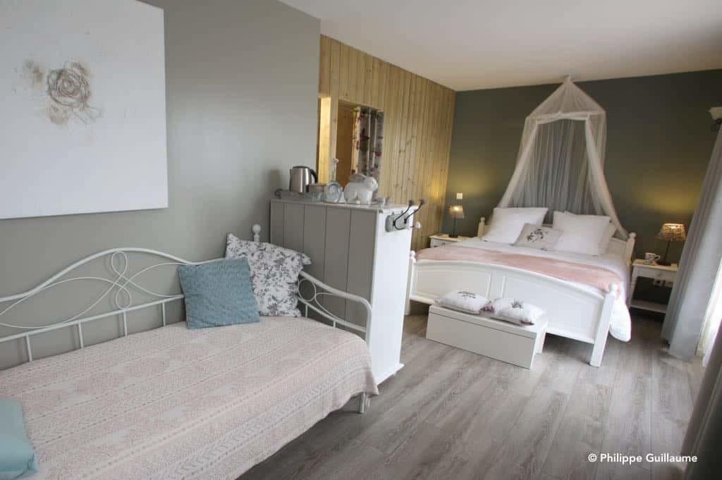 chambre familiale pour 3 ou 4 personnes, les petits papillons, les beaux jours en Baie de Somme
