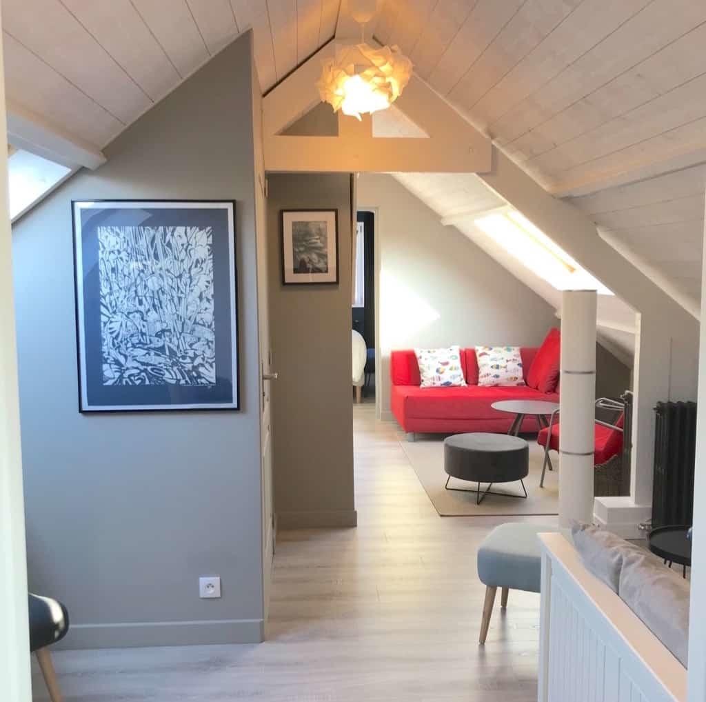 Suite le nid du chat, un séjour privatif pour ronronner en toute tranquillité en Baie de Somme. Linogravure Bénédicte Van Tichelen