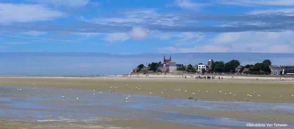 la Traversée de la Baie de Somme, vue du Crotoy depuis la Baie. Les beaux jours en Baie de Somme chambres et tables d'hôtes